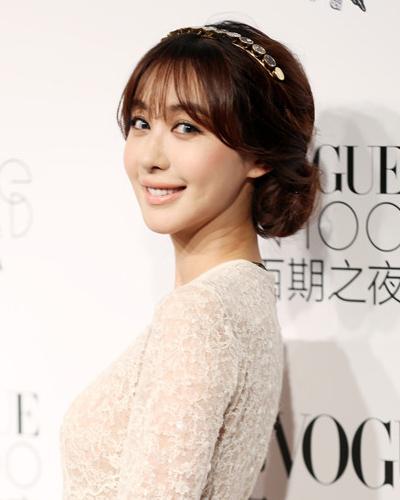 李菲儿整容对比_李菲儿整容前后对比 打扮一直很韩范_河南频道_凤凰网
