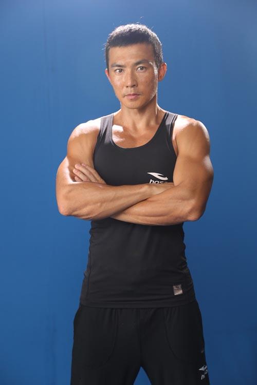 教练_明星私教行业揭秘访中国最贵明星健身教练_娱乐频道_凤凰网
