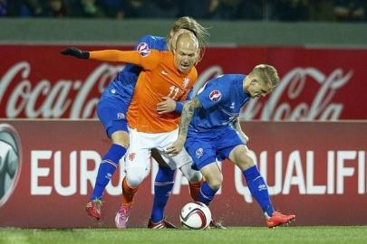 欧洲无弱旅 冰岛足球也烫手