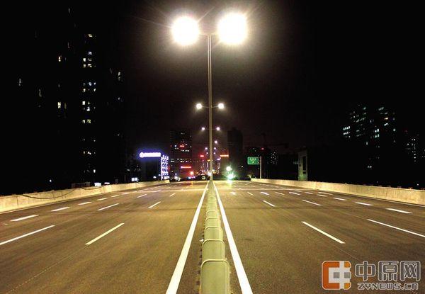 什么是加速车道_匝道图片图解-驶入高速公路匝道图片/匝道和加速车道的区别 ...