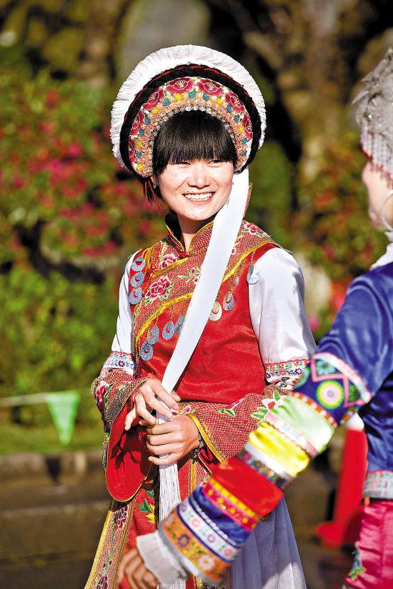 白族的火把节_八月节庆抢先看为精彩留白_时尚频道_凤凰网