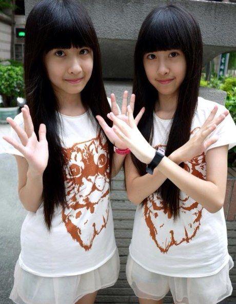 双胞胎姐妹花百合_台湾双胞胎萝莉姐妹花私照曝光 清新甜美走红_资讯频道_凤凰网
