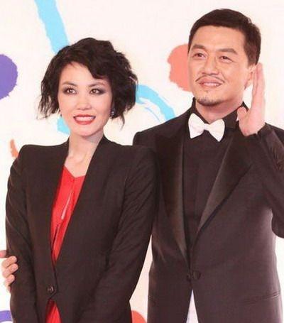 王菲和李亚鹏差几岁_王菲、李亚鹏(年龄差距:2岁)